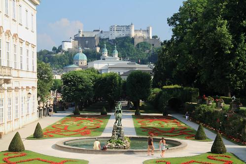 Parque y el Palacio Mirabell Garden Salzburg_04