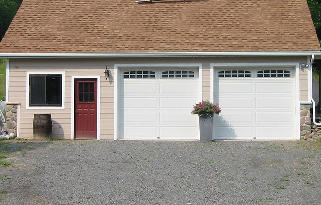 2 Car Garage Workshop With Bonus Room Flickr Photo