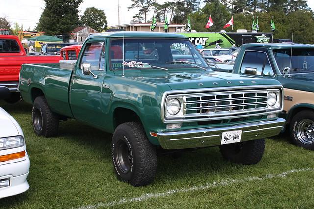 1975 dodge power wagon pickup 4x4