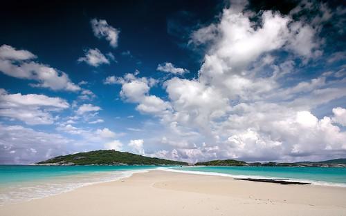 ilha_deserta_hd_by_thiagomiranda