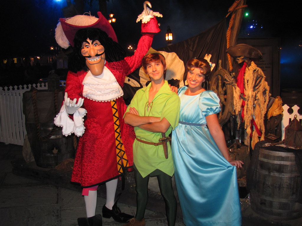Captain Hook, Peter Pan and Wendy at Pirate Wharf at Mickey's Halloween Party