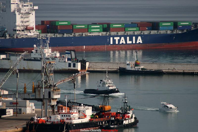 Istat, a maggio export +2,2%