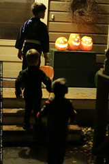 scary jack o lanterns greet trick or treaters