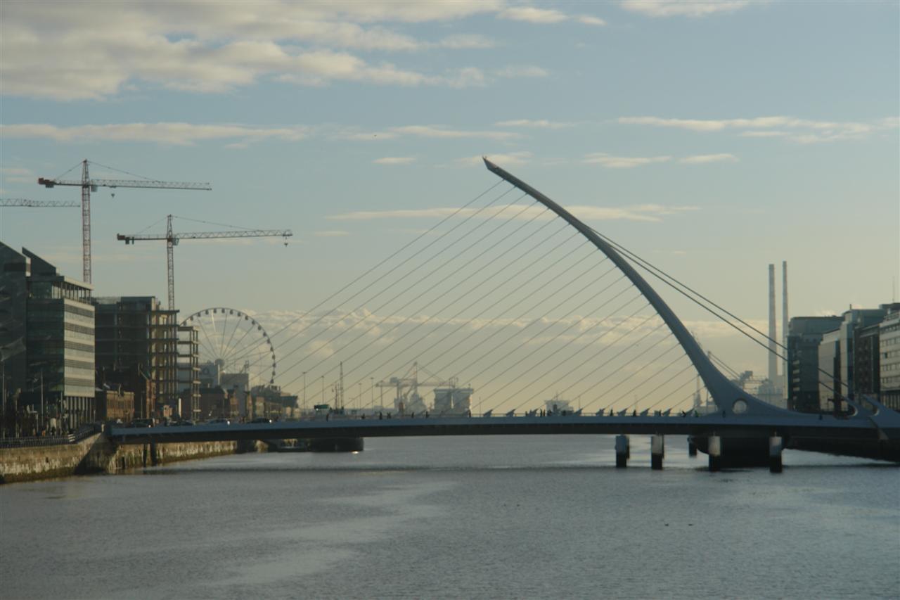 Qué visitar en Dublín en un día: Puente Samuel Beckett qué visitar en dublín en un día - 5175319361 0b5796bc51 o - Qué visitar en Dublín en un día