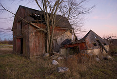 232 Silver Lake Rd. - A slowly fading gambrel barn structure