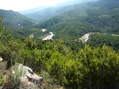 Depuis la piste de Radichella : le Cavu vers le pont de Marion