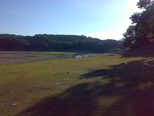 Aground Pertusillo dam