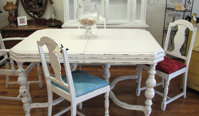 shabby chic dining room table 4 chairs