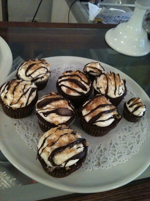 mores cupcakes with marshmallow cream cheese frosting at Made Fresh ...