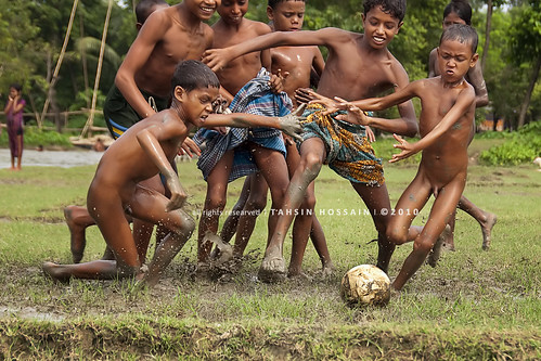 football fever in monsoon!