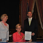 Pam Byrnes, Jon Switalski and Governor Jennifer Granholm at Complete Streets Bill Signing
