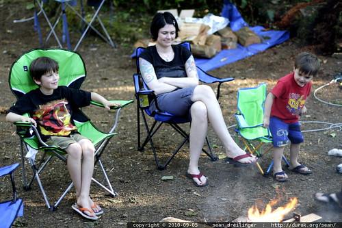 rachel and her boys enjoy the campfire