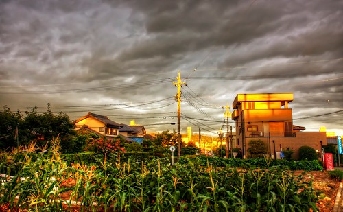 sunset sky japan clouds photoshop canon landscape golden aperture day cityscape cloudy 日本 hdr goldenhour aichiprefecture 愛知県 mikawa photomatixpro 岡崎市 eos450d 本州 中部地方 davidlaspina rebelxsi kissx2 chūbu 1855efsis topazadjust okazakicity japandave japandavecom 三河国 honshū