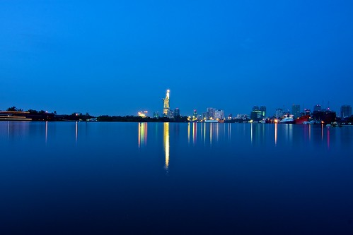longexposure morning reflection river early saigon 1116mm tokina1116mmf28