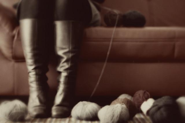 17/365 - knitting