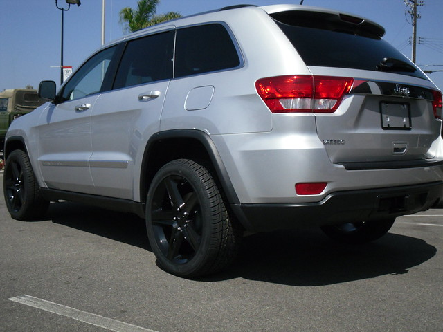 just got my 2011 jeep grand cherokee jeep garage jeep. Black Bedroom Furniture Sets. Home Design Ideas