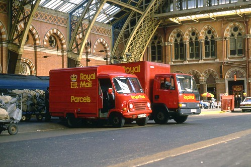 Royal Mail Leyland EA Redline