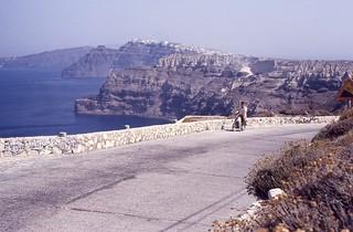 87-10 Santorini Paros 014