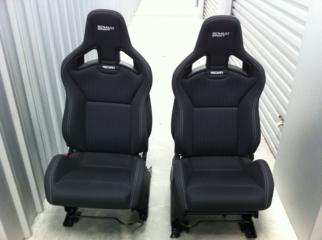 renault sport recaro sportster cs seats. Black Bedroom Furniture Sets. Home Design Ideas