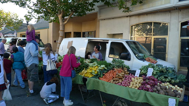Fruit and veg selling at Monterey farmers market