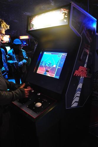 Flynn's Arcade - Space Paranoids