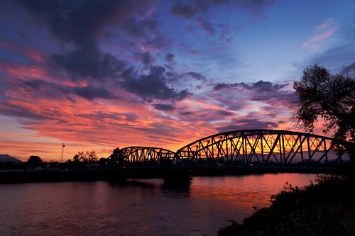 bridge newyork clouds sunrise river 5d delawareriver portjervis matamoras