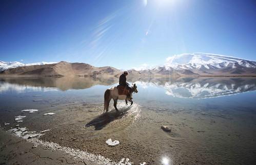 china xinjiang silkroad kashgar 新疆 lakekarakul