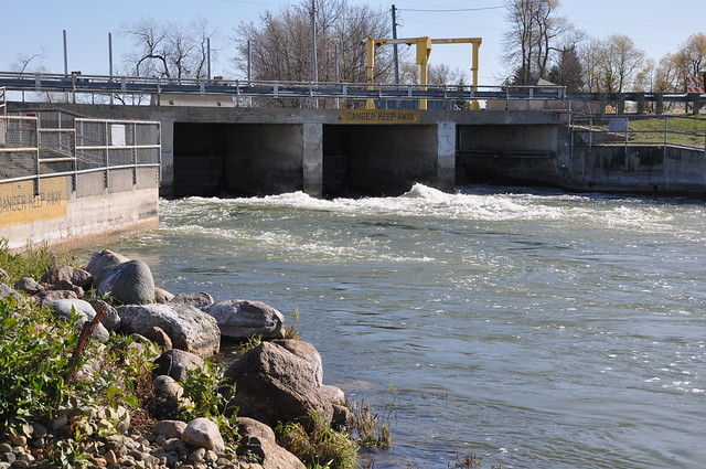 Red lake dam fish passage construction flickr photo for Dam fish count