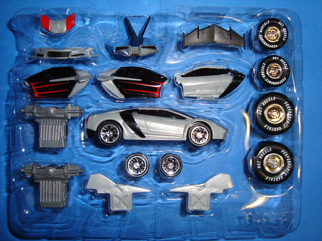Super Car Hotwheels Custom Motors 2010 T3075 0824