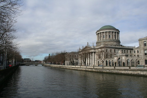 2010.02.27 Dublin 12 O'Donovan Rossa Bridge 01 Four Courts