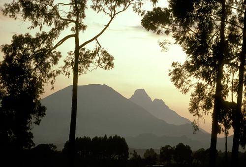 africa sunset mountain rwanda ruhengeri virunga