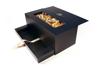 Fortnum and Mason gift packaging