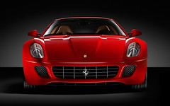 race car(1.0), automobile(1.0), ferrari 599 gtb fiorano(1.0), vehicle(1.0), automotive design(1.0), bumper(1.0), ferrari s.p.a.(1.0), land vehicle(1.0), luxury vehicle(1.0), supercar(1.0), sports car(1.0),