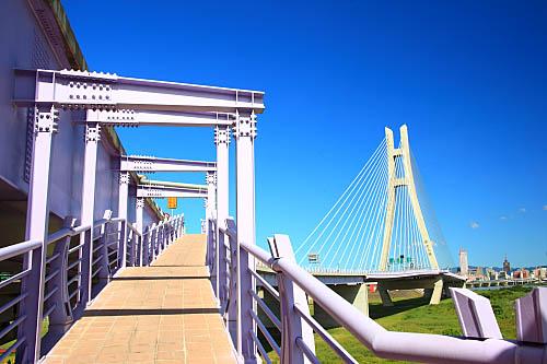 766J二重疏洪道斜張橋-新北大橋