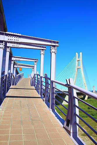 768J二重疏洪道斜張橋-新北大橋