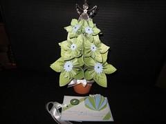Origami Christmas Tree Tutorial - DIY - Paper Kawaii - YouTube | 179x240