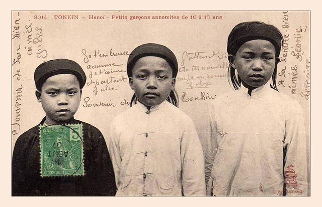 Tonkin - Hanoi - Petits garçons anamites de 10 à 15 ans