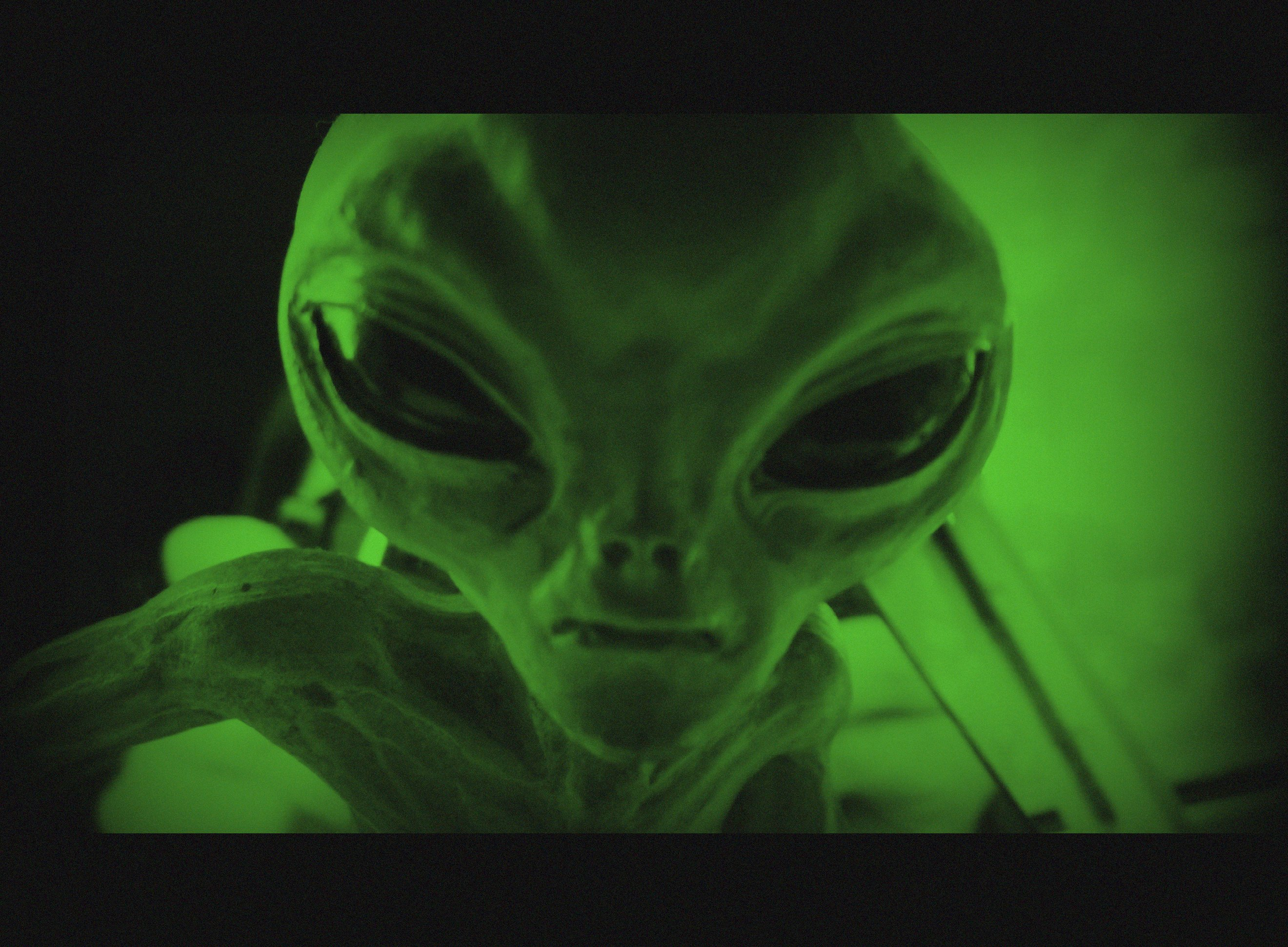 The Best Alien Documentaries on Netflix | Inverse