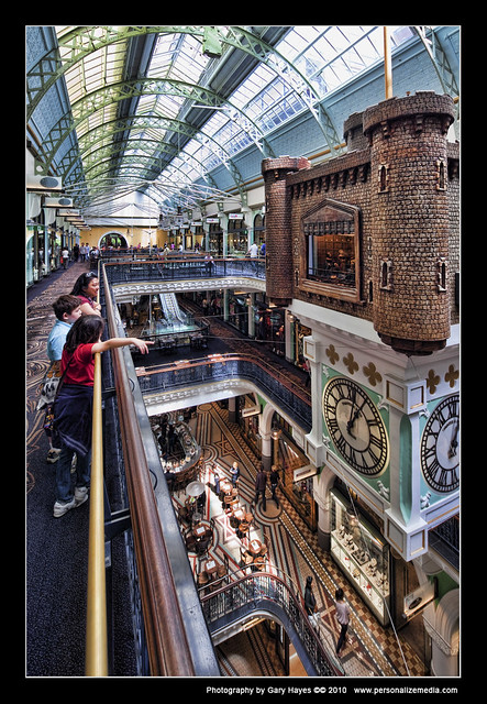 QVB - Sydney CBD Portraits with 17mm TS-E 16