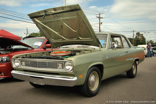 1969 Plymouth Valiant 100 1969 Plymouth Valiant 100