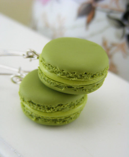 Jumbo Green Tea Macarons | Flickr - Photo Sharing!