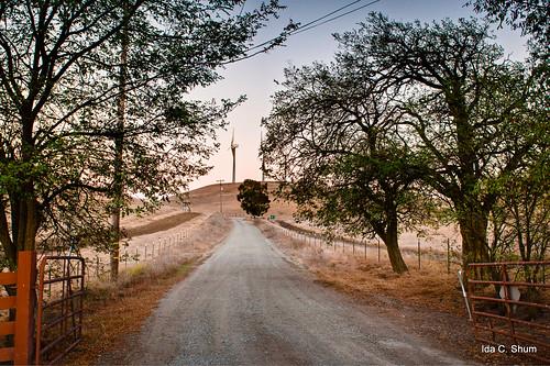 california road longexposure autumn fall windmill night landscape nikon gate hill seasonal dirtroad livermore ida rollinghills shum gravelroad d300 northflynnroad idashum idacshum