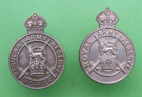 British Army Reserve - officer badges (silver) 1938 & 1939