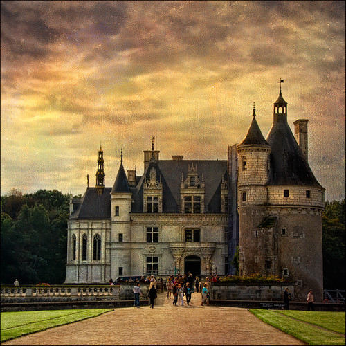 sunset france castle architecture canon geotagged golden arquitectura textures octubre francia castillo castell chenonceaux châteaudechenonceau specialtouch infinestyle quimg quimgranell joaquimgranell magiayfotografia thelittlebookoftreasures afcastelló obresdart
