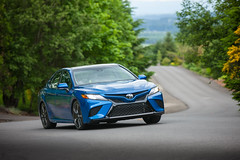 2018 Toyota Camry XSE (02)
