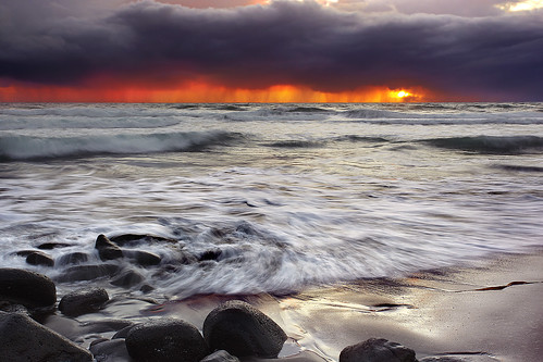 Red Dawn - Pololu Valley, Big Island, Hawaii