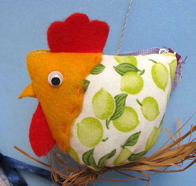 Móbile galinhas - Por Walkiria Simões