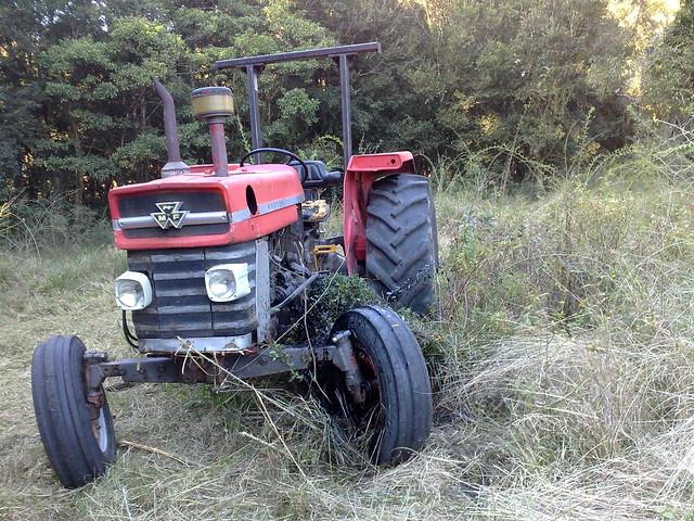 Tractor Broke Down : Tractor broken down flickr photo sharing
