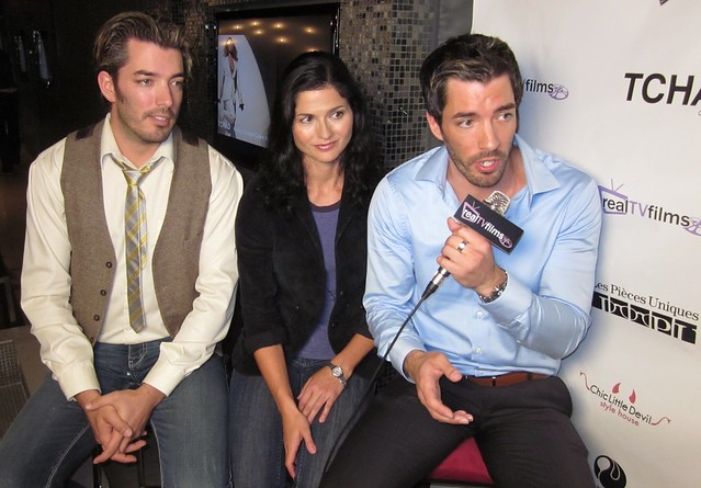 Jonathan and Drew Scott Married http://www.flickr.com/photos/realtvfilms/5000656378/