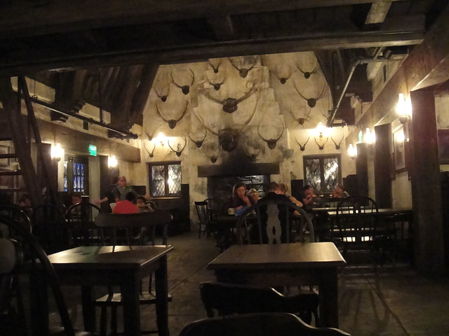 Wizarding World Of Harry Potter Three Broomsticks Dining